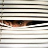 stalking condomio